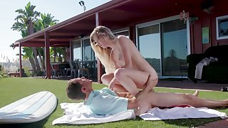 Outdoor coitus on the grass for shy Chloe Foster