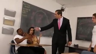 Spineless Guy Watching His Girlfriend Ashley Adams Squirt on a BBC