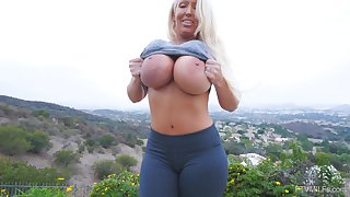 Bombshell tow-haired MILF Alura masturbates solo in all directions toys