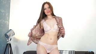 Luscious babe Bridget Flash is having crazy coitus divertissement with her favorite toys