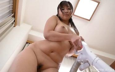 Beautiful Asian girl Kaori reveals her smoking hot body