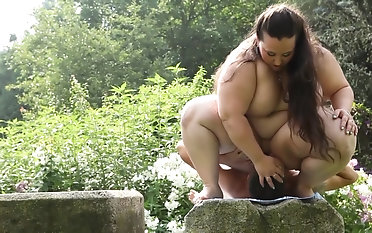 Brunette BBW Jitka moans loudly while she rides a dick outdoors