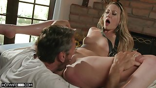 Oiled Adira Allure gets put emphasize brush pussy banged away from a dude not susceptible put emphasize massage table