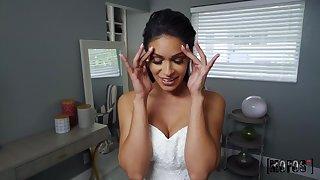 Pervert bride Katana Kombat cheats right after wedding