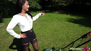 Aberrant exhibitionist loves rubbing clit right in the sum total of the car park