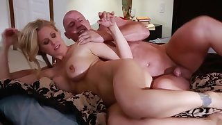 MILF fantasies with a sex-mad gay blade