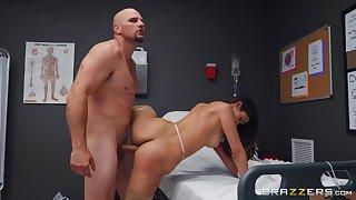 Man all over giant cock fucks the naked nurse and cums on her face