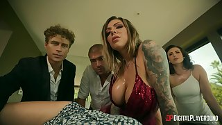 Charming love horde on the wainscoting between Alina Lopez & Cecilia Magnate