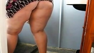 Huge Grown up Ass Cleaning be transferred to Bathroom and In like manner her pussy