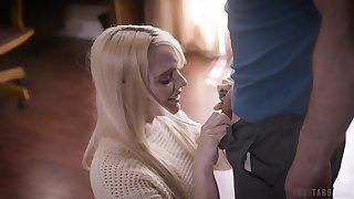 Pretty young blonde Kenna James has a pulsate on her stepdad