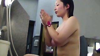 Voyeur - Japan. Jiggly Breast